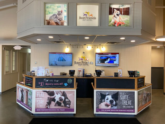 "Best Friends Pet Hotel is the leader in pet boarding, grooming, daycare, and retail.<br><br><span style=""font-size: 22px; font-weight: 500;"">We currently operate 31 locations in 14 states nationwide. We are a great company to start your long-term career in the pet industry and offer many opportunities for growth.<br><br> Best Friends Pet Hotel is seeking a bright, energetic individual who works hard, pays close attention to detail and has a love of pets. These are not jobs for the weak or faint of heart! Hands get dirty and legs get tired! Our facility can hold many hungry, active and sometimes messy pets at a time. Each pet's well-being and comfort is always the number-one priority and each staff member helps make our client's experience with Best Friends a truly pleasant one.</span><br><br><br>"